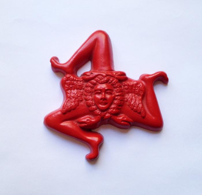trinicria rouge